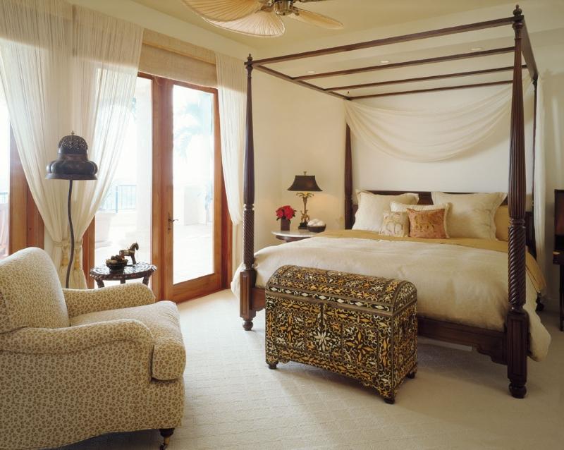 Мебель для спальни в колониальном стиле