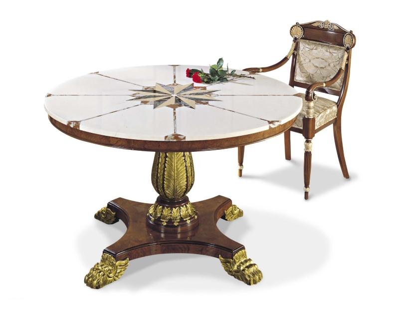 Деревянная мебель с инкрустацией драгоценными и полудрагоценными камнями