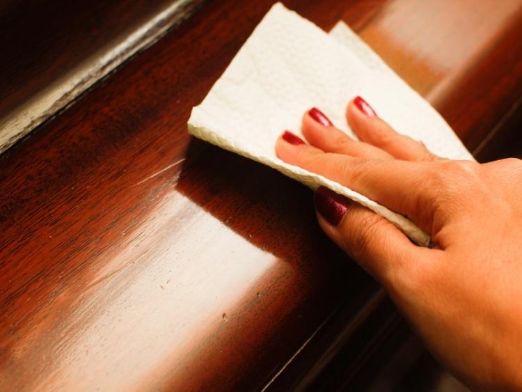 Уход за мебелью: как продлить срок службы обстановки?