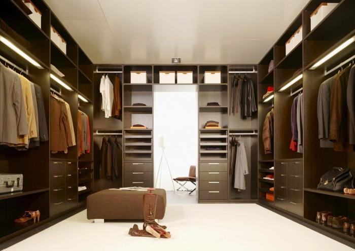 Гардеробная в квартире: как сделать, и какую мебель выбрать?